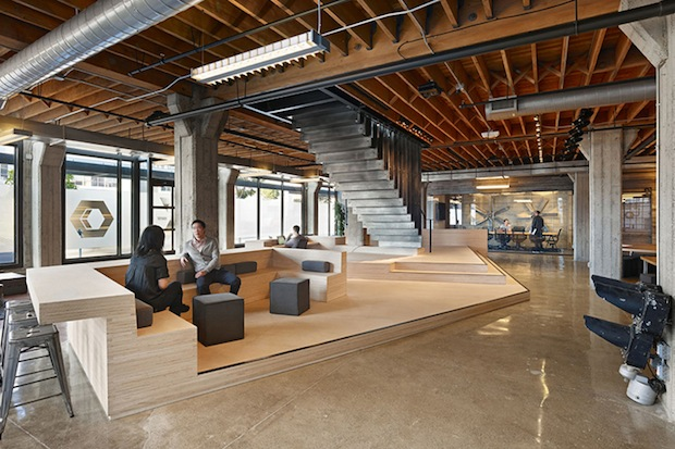 Industrial space lease things to think about before for Commercial office space design ideas